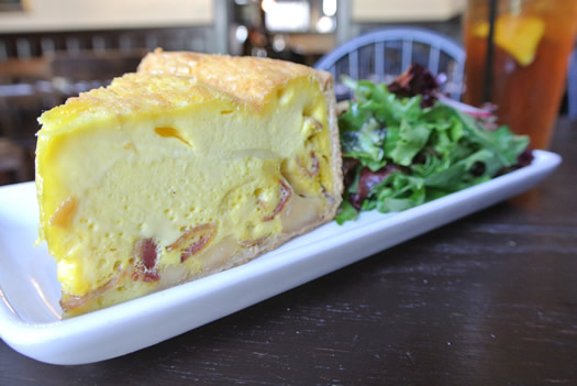 Hudson5-10-15-20_Cafe_Le_Perche_quiche.jpg