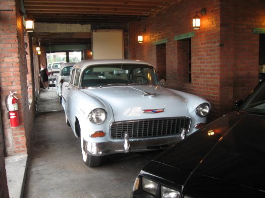 Knighton's vintage car.JPG