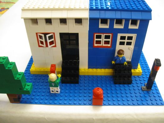 Lego Row houses.jpg