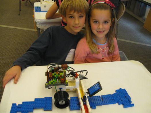 Lego plant with creators.jpg