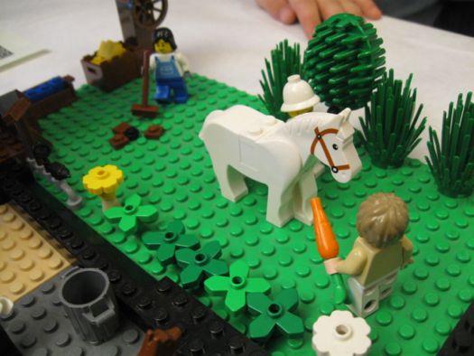 Lego racecourse horse:carrot .jpg