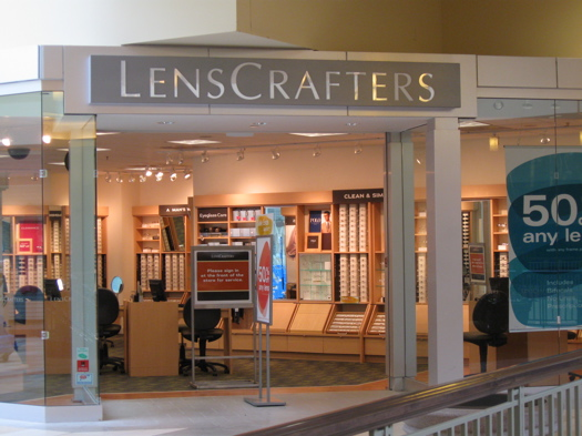 About LensCrafters at Macy's Palo Alto, CA At LensCrafters at Macy's located at Stanford Shopping Center, we believe vision care is about far more than a pair of glasses or a prescription. Eyes are windows to the world, capturing memories and immersing us in moments.