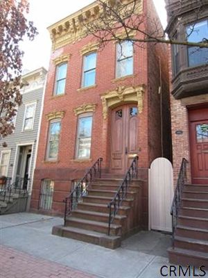 Madison Rowhouse ext credit crmls.jpg