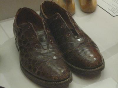 Men's alligator shoes