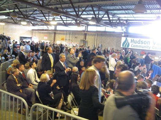 Obama crowd.JPG