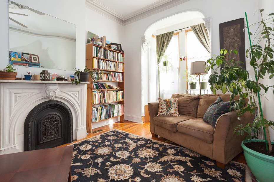 OpenHouse_MansionRowHouse_living_room.jpg