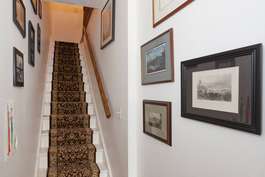 OpenHouse_MansionRowHouse_stairs.jpg