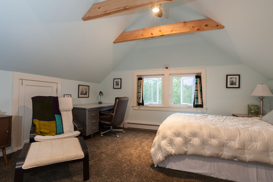 OpenHouse_RL_Pine_Hills_bedroom_third_floor.jpg
