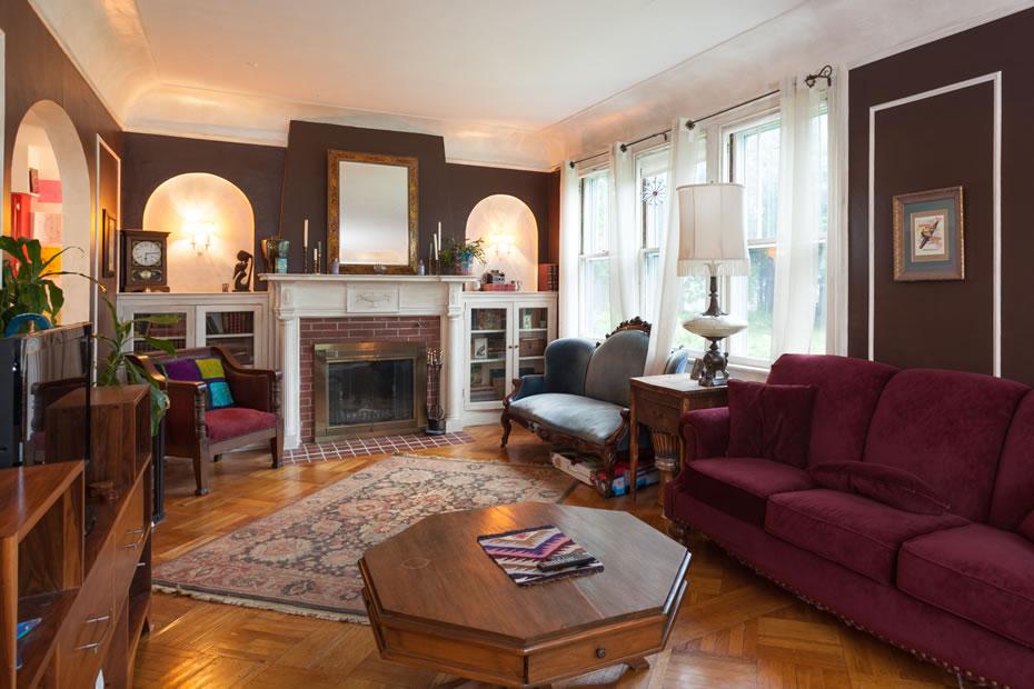 OpenHouse_RL_Pine_Hills_living_room.jpg