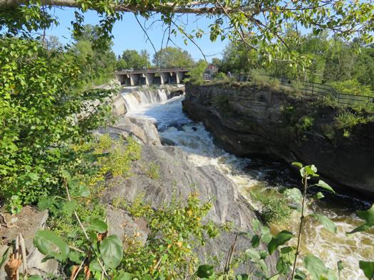Ottawa_hogback_falls.jpg