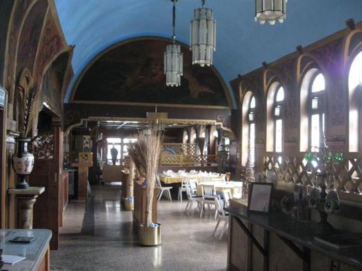Paradiso Boulevard Cafeteria