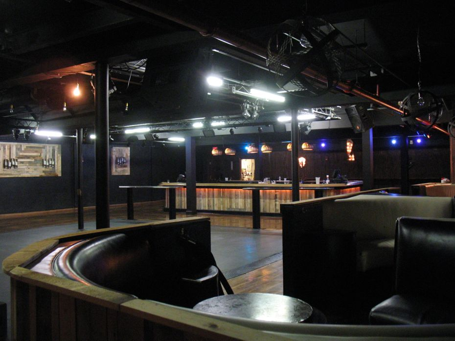 Pearl_St_Pub_Upper_Room_3.jpg