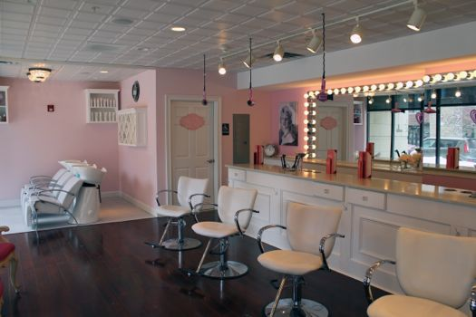 Pin Ups Blow Bar interior.jpg