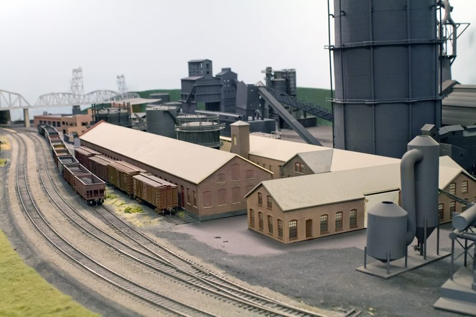 RPI_trains_Biurden_Iron_Works_South_Troy.jpg