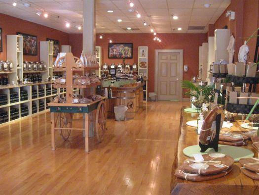 Saratoga Olive Oil interior 3.jpg