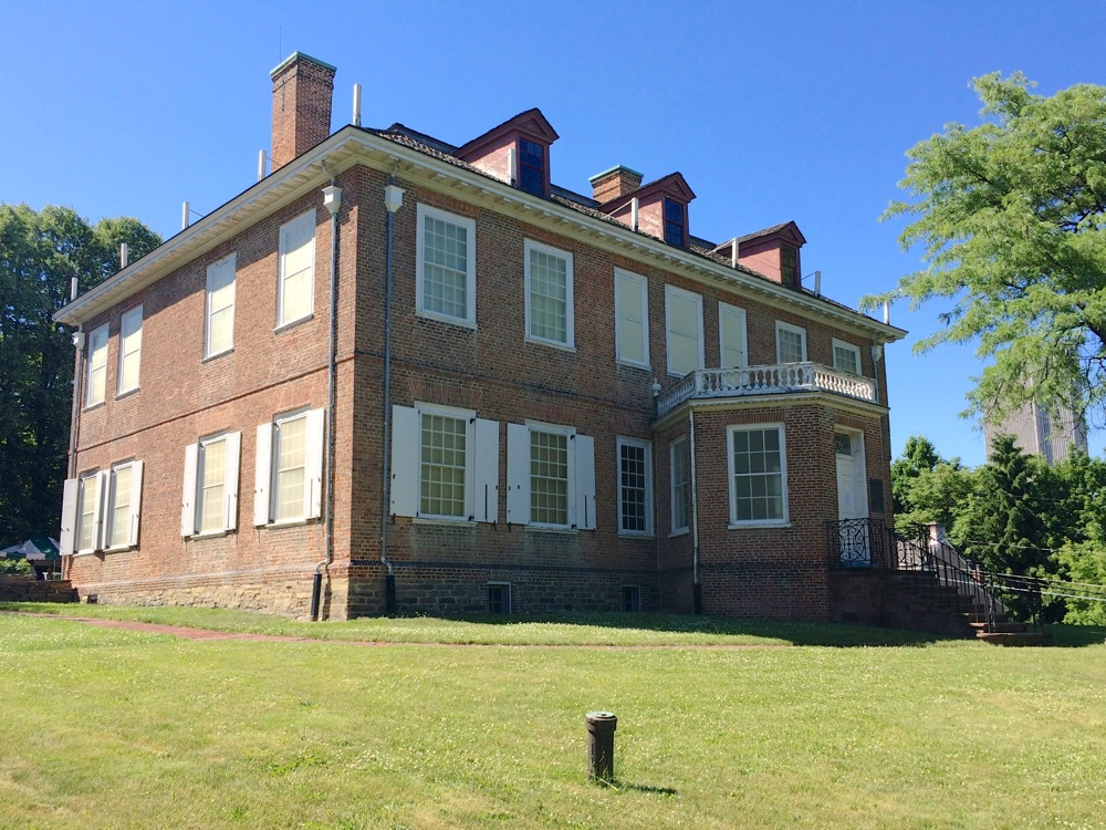 Schuyler Mansion Albany exterior 2016-June