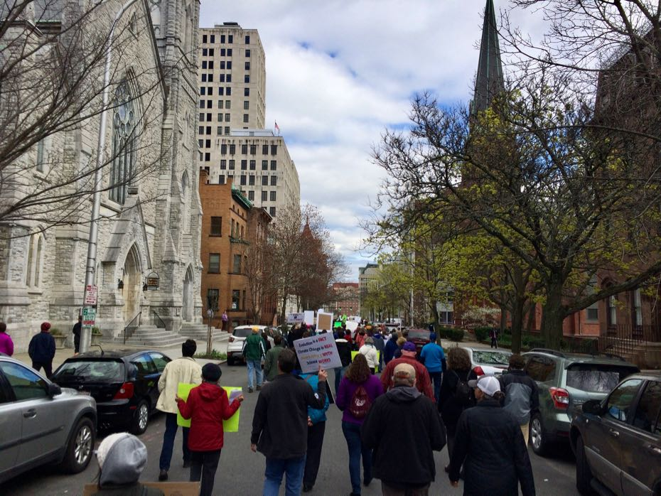 Science_March_Albany_crowd_19.jpg