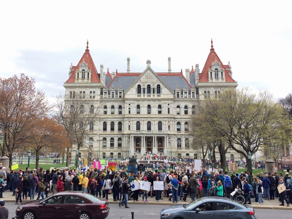 Science_March_Albany_crowd_8.jpg