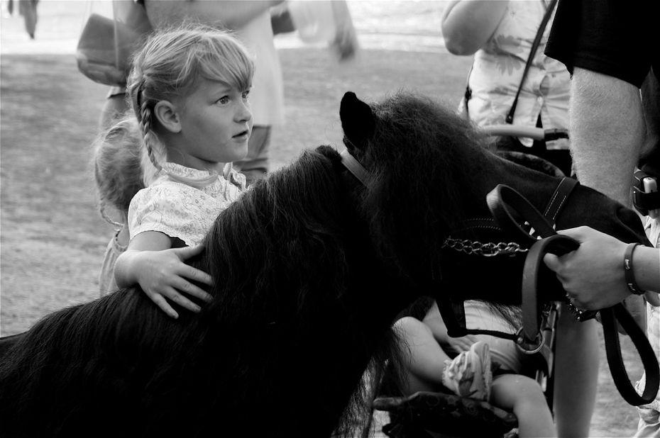 SummerKimDgirlwith pony.jpg