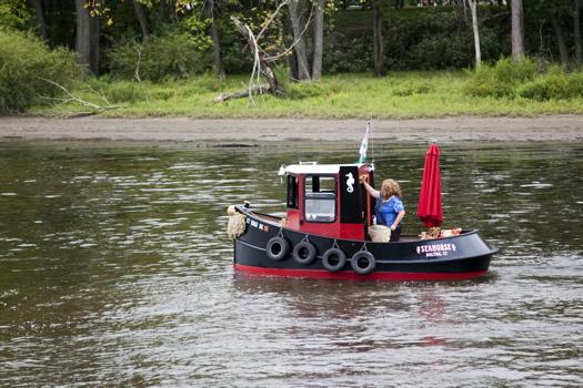 Tugboat (The Seahorse).jpg