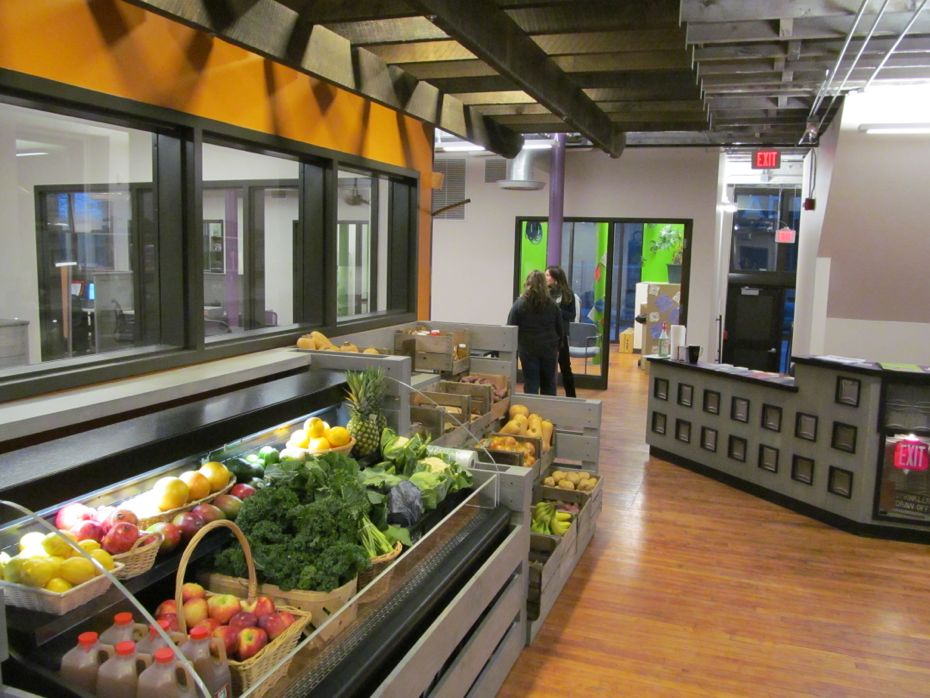 Urban Grow Center Produce Market 1.jpg