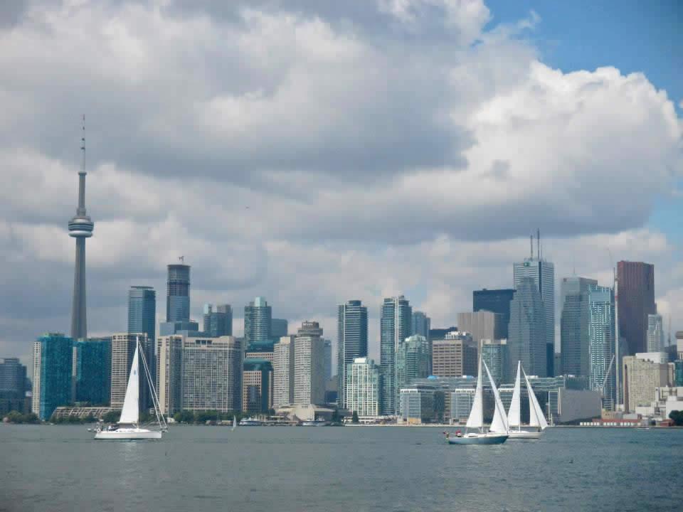 Weekend_Destination_Toronto_Toronto_from_Islands.jpg