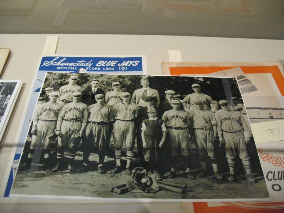 albany_institute_triple_play_baseball_exhibit_08.jpg