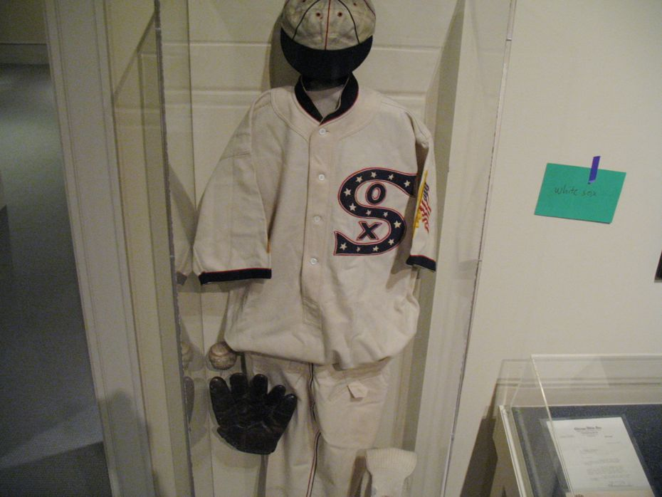 albany_institute_triple_play_baseball_exhibit_16.jpg