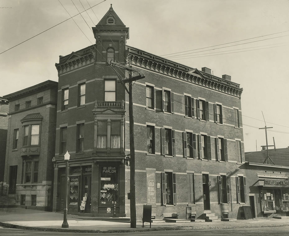 albany_then_now_Madison_New_Scotland_ice_cream_parlor_1.jpg