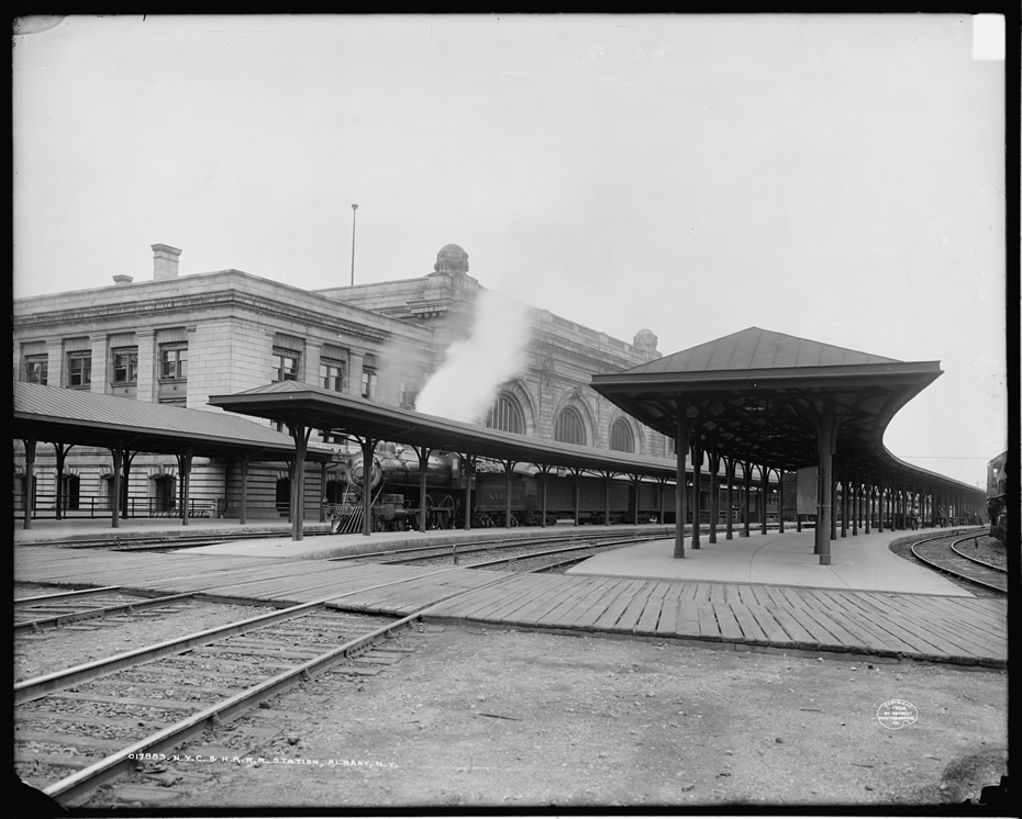 albany train station exterior 1904