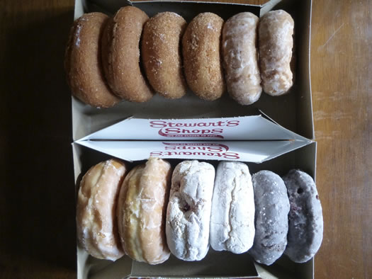 best_dozen_stewarts_donuts_in_box.jpg
