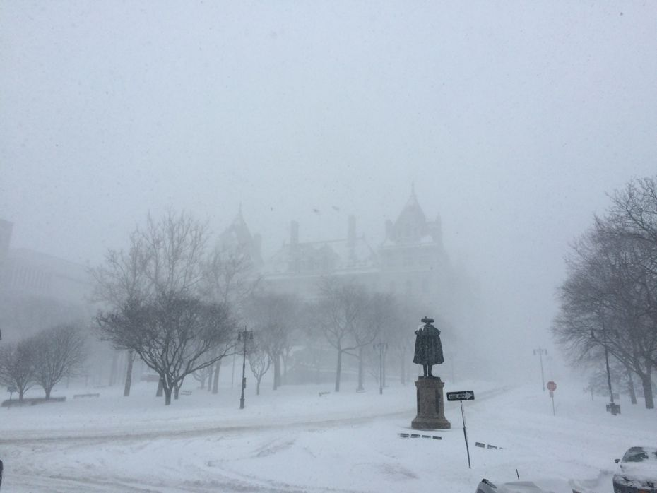 blizzard_Albany_2017_05.jpg