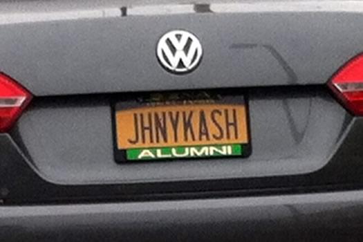 bumper_gawking_JHNYKASH_via_Rich.jpg