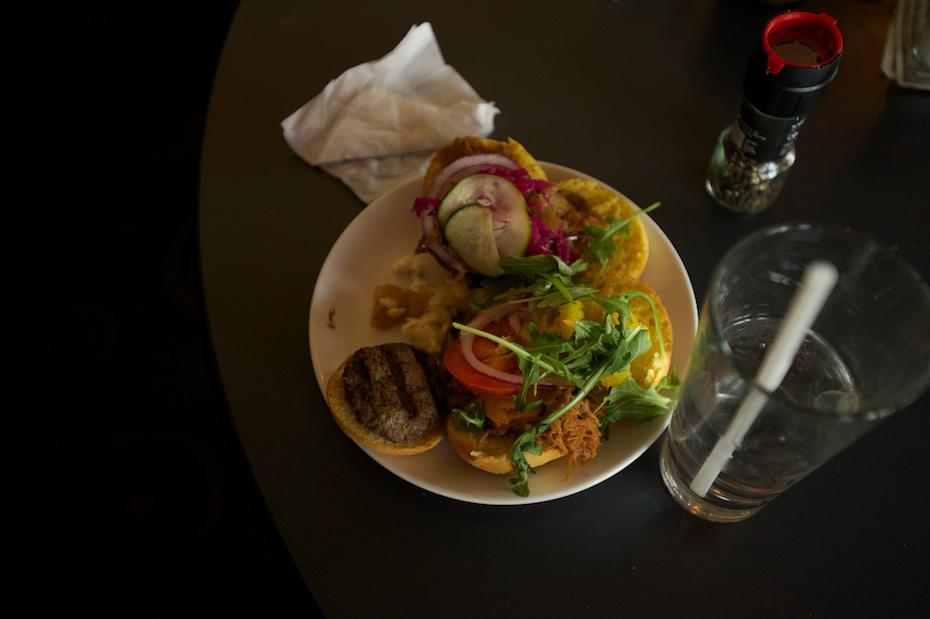 burger_lab_crowd4.jpg