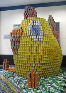 canstruction chick sculpture