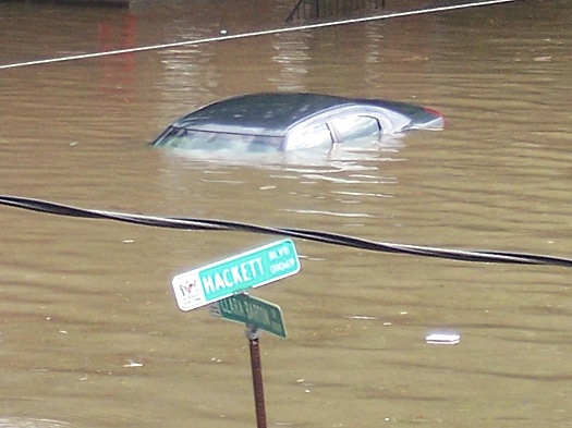 car underwater on Hackett Blvd