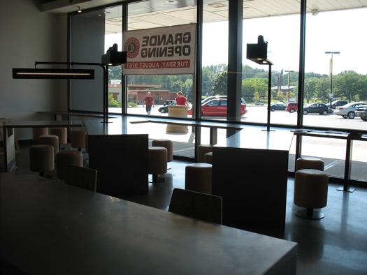 chipotle stuyvesant plaza interior 3