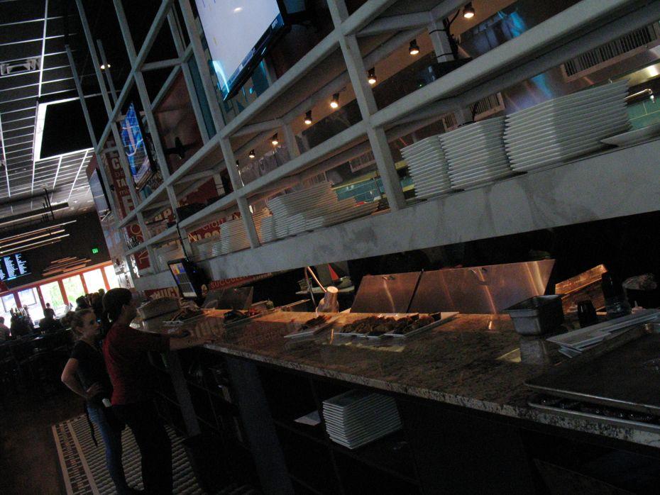 city_line_bar_grill_06.jpg