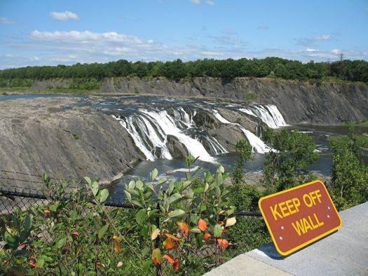 Cohoes Falls keep off wall sign
