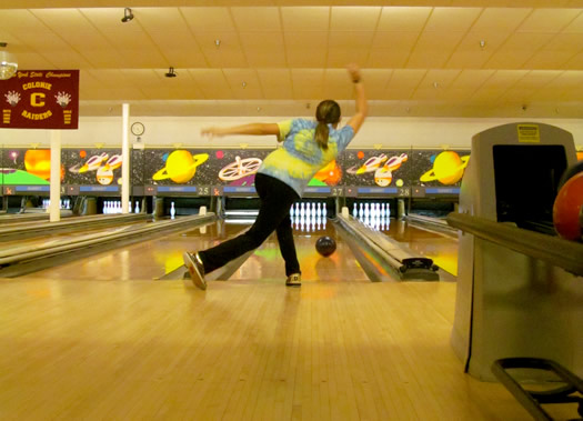 colonie_high_school_bowling_girls_team_lane.jpg