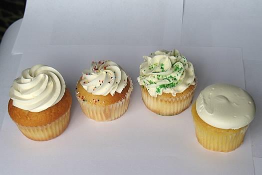 cupcake_tasting_round1_vanilla.jpg