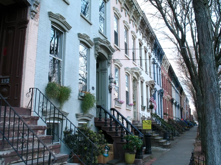 elm_street_row_houses_1.jpg