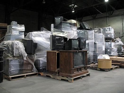 elot_recycling_old_tvs.jpg