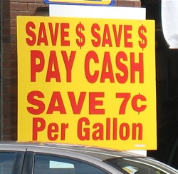 gas station pay cash get seven cent discount