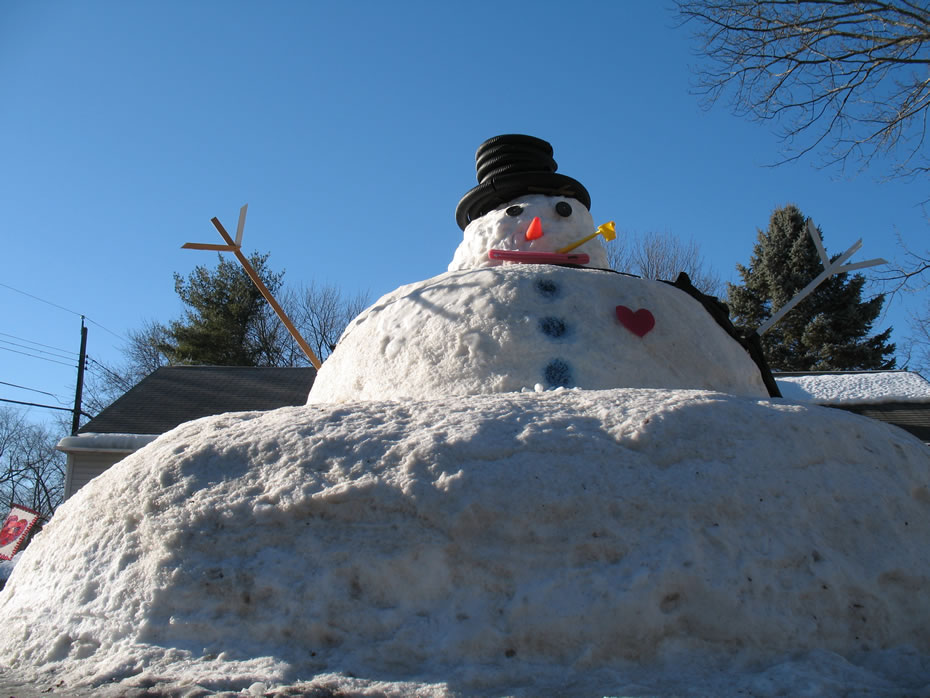 giant guilderland snowman big
