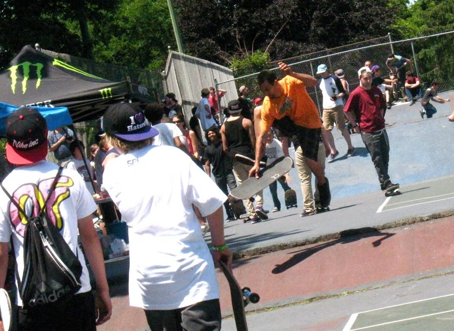 go_skateboarding_day_washington_park_15.jpg