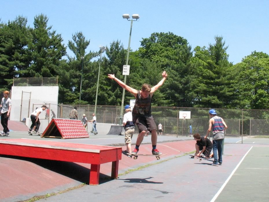 go_skateboarding_day_washington_park_16.jpg