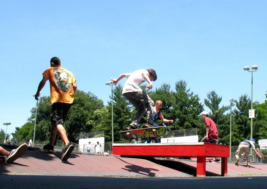 go_skateboarding_day_washington_park_17.jpg