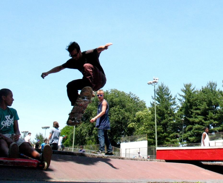 go_skateboarding_day_washington_park_18.jpg