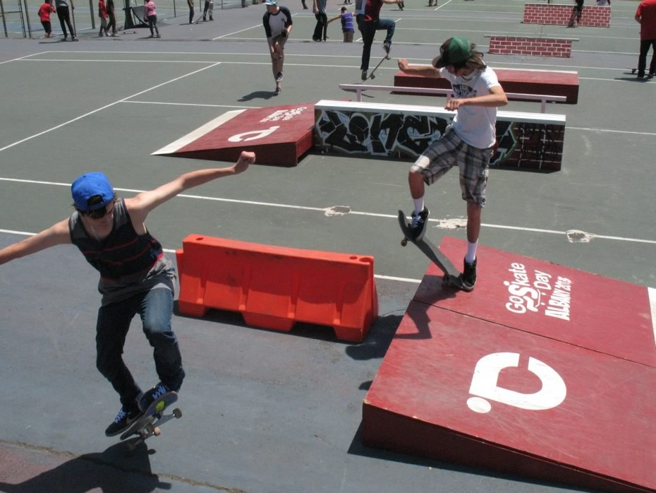 go_skateboarding_day_washington_park_2.jpg